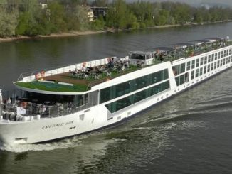 Emerald Sun River Cruise Ship Tracker