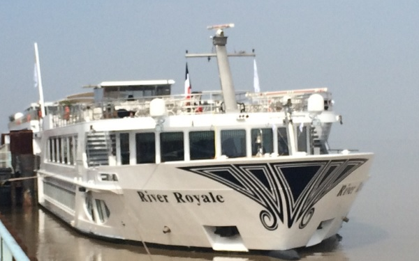 River Royale River Cruise Ship Tracker